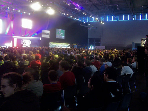 Warcraft 3 Crowd by eSports.ie