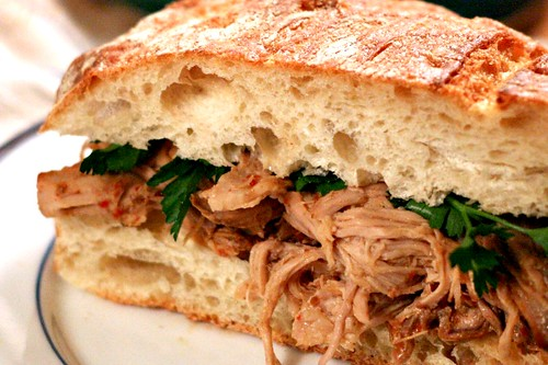 Carolina BBQ Barbecue Pulled Pork Crockpot Sandwich