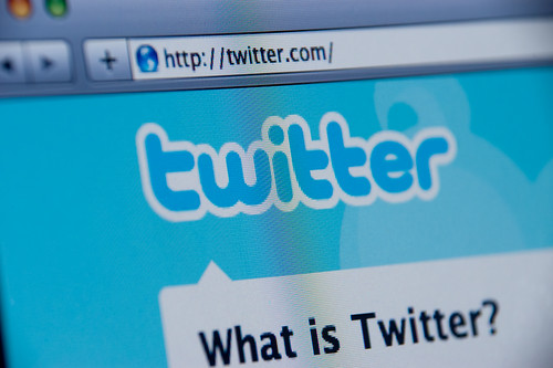 Twitter website screenshot by Spencer E Holtaway.