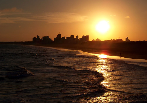 Necochea at Sunset | Necochea al Atardecer by katiemetz, on Flickr
