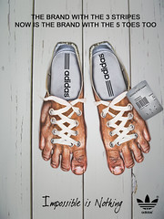 NEW ADIDAS STAR HUMAN (Jhows) Tags: rayas feet photoshop pie foot shoes toes finger stripes anuncio zapatos  annuncio annonce human doigt pies dedos adidas pied publicity brand pieds schuhe piede piedi dedo dita scarpe chaussures streifen anzeige dito doigts  shoestring fus   strisce   rayures    impossibleisnothing    w120       fse jhonatas