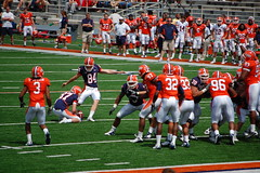 extra point attempt is good (Johnny Heger) Tags: college campus illinois spring universityofillinois urbana champaign uofi chipsi