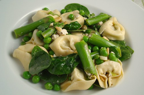 Tortelloni Salad with Spring Vegetables