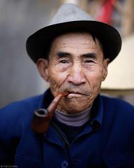 Smoking Man (oeyvind) Tags: china shangrila 中国 yunnan 中國 云南 雲南 香格里拉 中甸 gyalthang xianggelila dukezong 獨克宗古城 独克宗古城 རྒྱལ་ཐང་རྫོང་