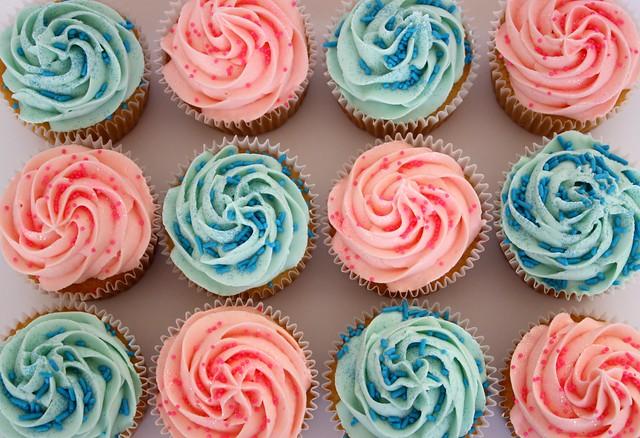 Pink & Blue Vanilla Cupcakes