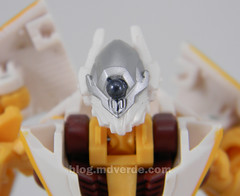 Transformers Sunspot Hunt for the Decepticons Scout - modo robot