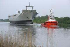 Einsatztruppenversorger Bonn (deccus) Tags: schiff nok schleppzug einsatzgruppenversorger fähreoldenbüttel