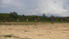 Playing football with kraho's (Rogernimo) Tags: football kraho manuelalves