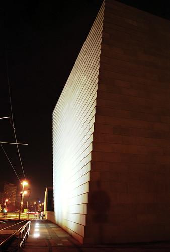 Synagoge bei Nacht