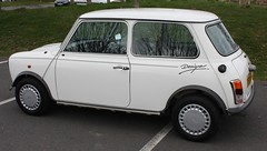 "1988 Mini 'Designer' Mary Quant • <a style=""font-size:0.8em;"" href=""http://www.flickr.com/photos/9907391@N02/3353884346/"" target=""_blank"">View on Flickr</a>"