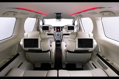 Toyota Alphard 2009 Interior