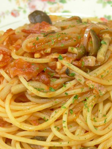 ベーコンとシメジのポモドーロスパゲティ