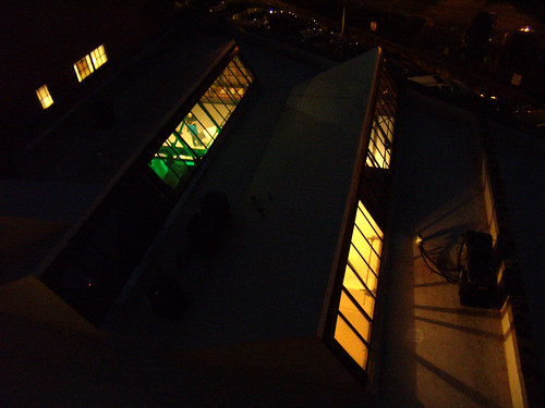 P4032594-Troy-Peerless-Skylights-From-Rooftop
