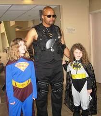 Super-Girl, Bat-Girl and Blade (MorpheusBlade) Tags: anime costume cosplay manga supergirl batgirl daywalker bladetheseries bladehouseofchthon albanycomiccon albanycomicon2009