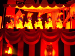 Small World Puppets