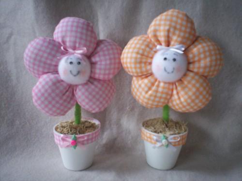 Blogue de sandyartes : SANDYARTES, lembrançinha flor no vasinho