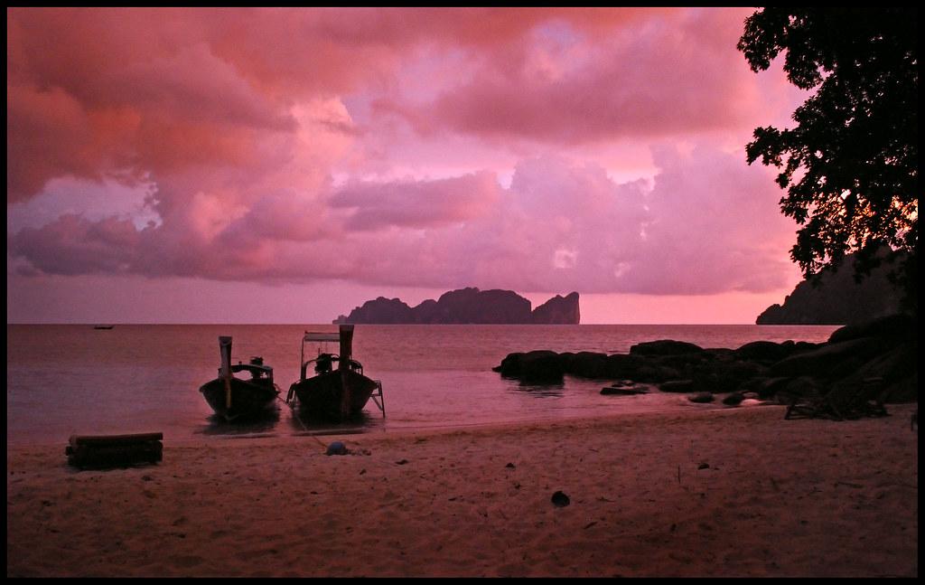 Viking Beach Kho Phi Phi