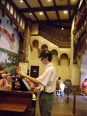 Biergarten Restaurant, Germany, World Showcase, Epcot, WDW '09 - www.meEncantaViajar.com