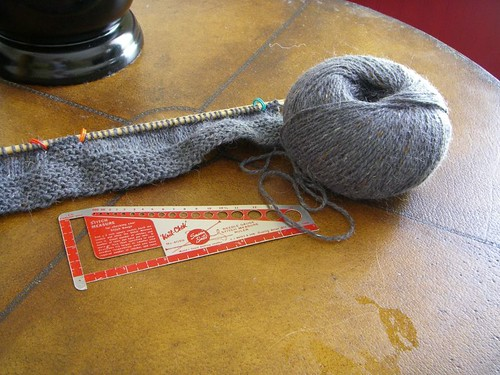 stitch and needle gauge