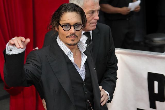 Johnny Depp et Marion Cotillard pour l'avant premiere de Public Enemies by nicogenin