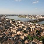Bordeaux: le pont de pierre, limite historique du port de la Lune