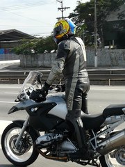 Just Stretching... (Maro Pantalena) Tags: stretch bmw gs1200 unexpectedmoment