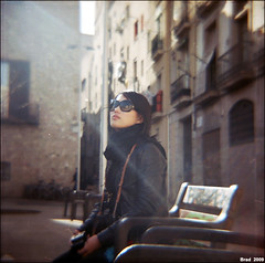 looking for (Twiggy Tu) Tags: barcelona trip portrait 120 film me square lomo spain lightleak diana 2009 twiggy photobybrad