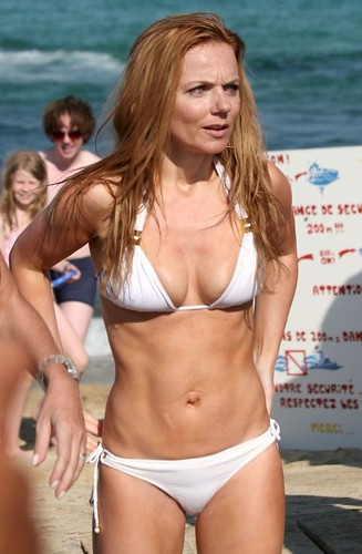 Geri Halliwell bikini photo