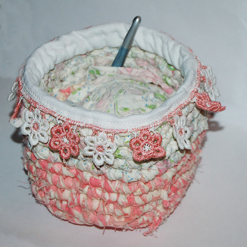 Crocheted bowl (copyright Hanna Andersson)
