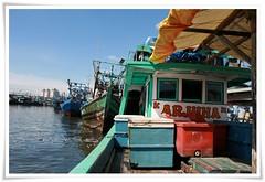 arjuna (rinidisini) Tags: sea port indonesia harbor boat jakarta perahu tpi nelayan kapal