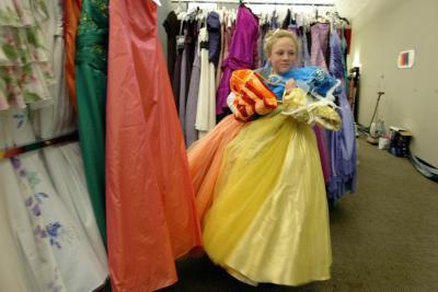 Princess Project prom dress giveaway (Photo by Contra Costa Times)