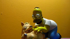 Spiderpig y Homero 0649 (MOiSTER) Tags: wallpaper closeup widescreen homer thesimpsons fondodeescritorio spiderpig puercoaraa