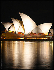 Opera House @ Night (Natasja ) Tags: city house reflection night canon march harbor opera harbour under sydney australia down newsouthwales operahouse downunder bennelongpoint nightphotograpghy 40d operahousebynight canoneos40d