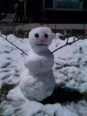 Snowman in 60f/16c weather