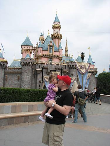 Disneyland 4-09_148