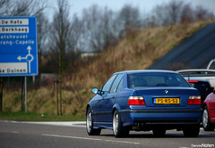 E36 M3 Sedan. (Denniske) Tags: blue cars netherlands coffee digital sedan canon eos march is spring belgium image nederland belgi 15 roadtrip cc bmw and l 28 mm dennis m3 edition 15th 70200 2009 f28 ef limousine the e36 noten carspotting stabilizer llens 40d denniske dennisnoten 150309