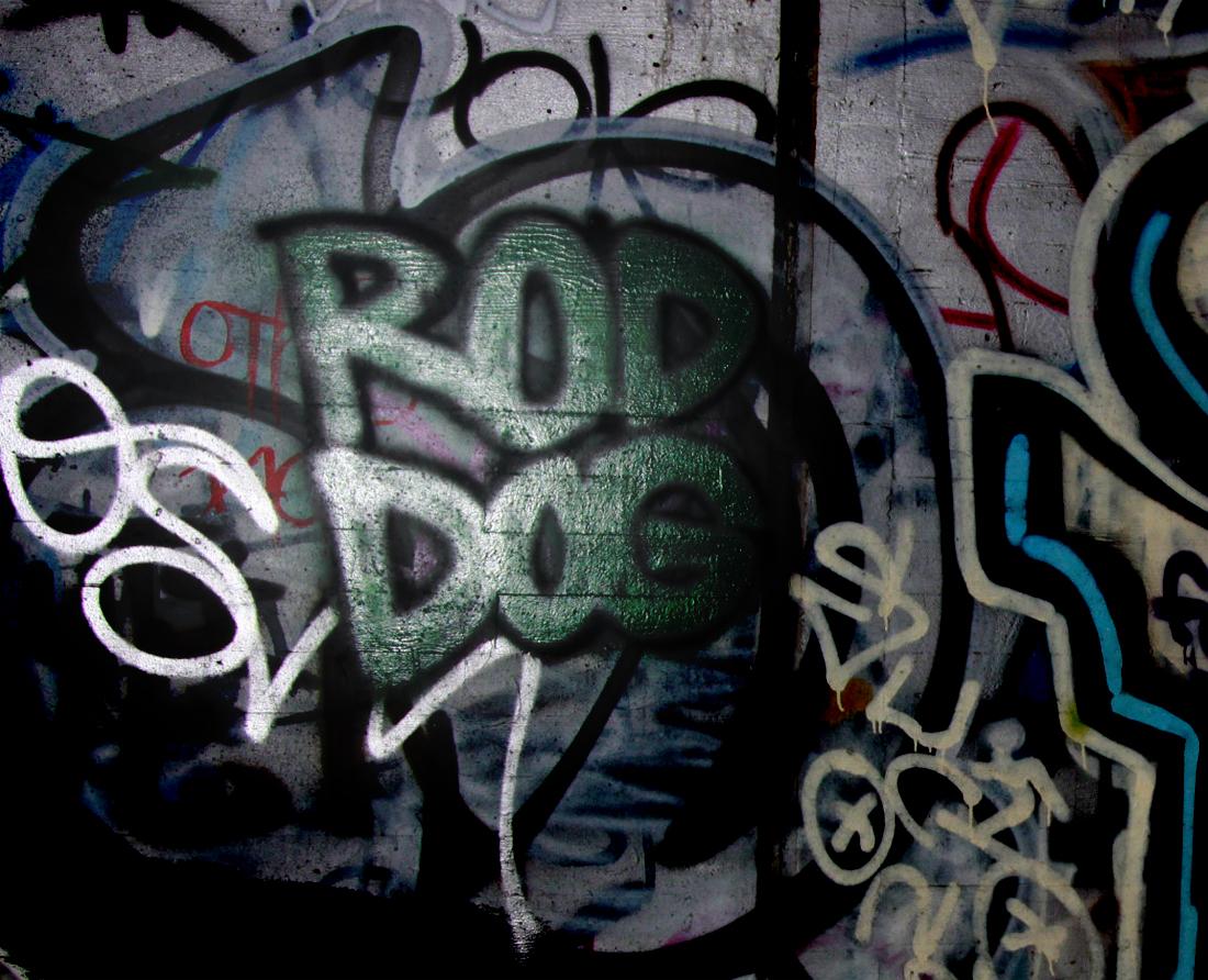 062609_graffiti03