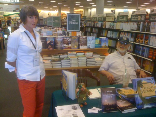 Christina & Lee Cody at Barnes & Noble, Gulfport 2009
