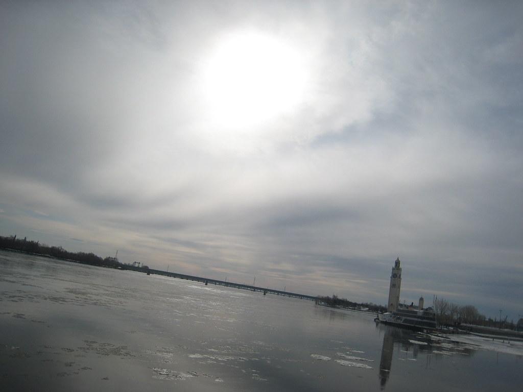 Soleil sur le saint Laurent, penche