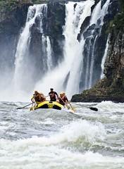 Foz do Iguau - Paran (Valdemir Cunha) Tags: water sport landscape falls adventure rafting iguaufalls whbrasil
