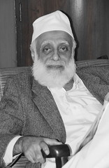 Mosque Builder (Daudpota) Tags: pakistan portrait photography sindh developingcountry southasia isadaudpota sindhuniversity