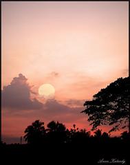 City Sunset (aroon_kalandy) Tags: light sunset orange sun india nature beauty landscape creativity landscapes artistic awesome greatshot impressions naturelovers calicut supershot beautifulshot anawesomeshot malayalikkoottam worldwidelandscape sonyh50 aroonkalandy