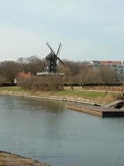 Windmill in Kungsparken in Malmo (litlesam1) Tags: europe sweden malmo scandanavia