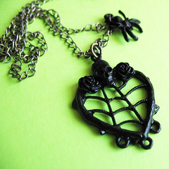 Etsy :: pulpsushi :: Black Widow (Necklace)