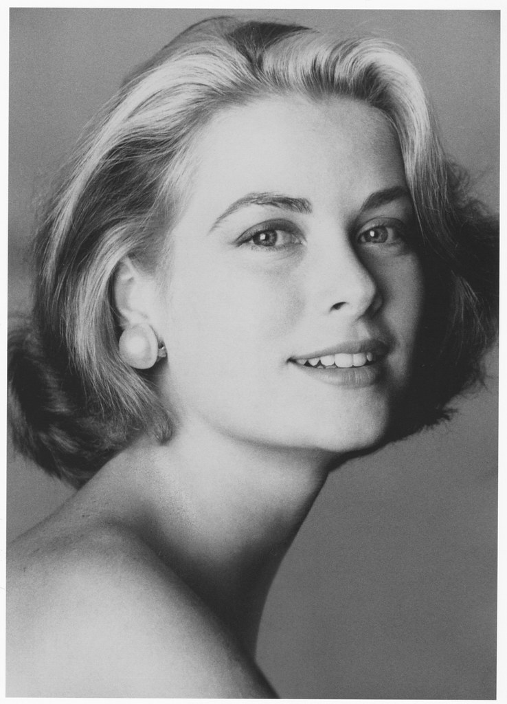 Grace Kelly by Irving Penn, 1954