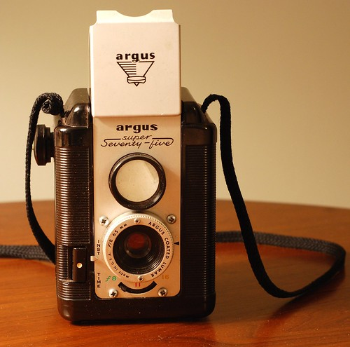argus super seventy-five tlr