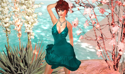 Freebie Dress & Jewelry