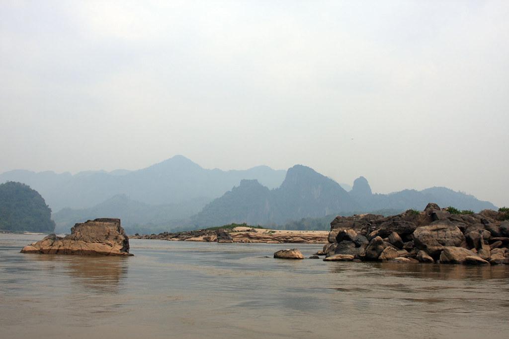 Z nurtem Mekongu