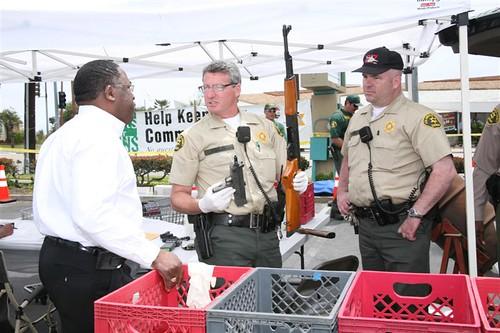 ladera gifts for guns