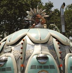 (amandalara) Tags: houston artcars artcarparade
